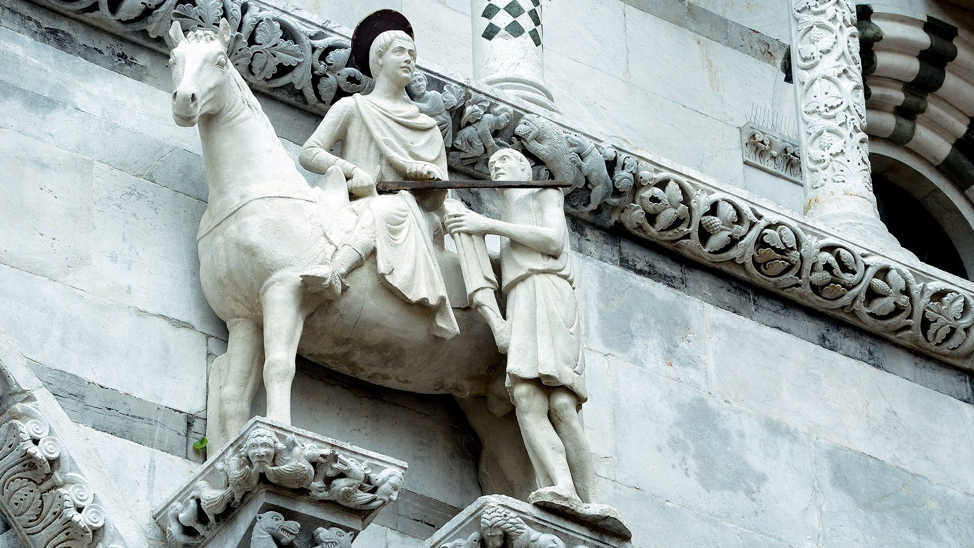 statue of San Martino on Lucca Cathedral