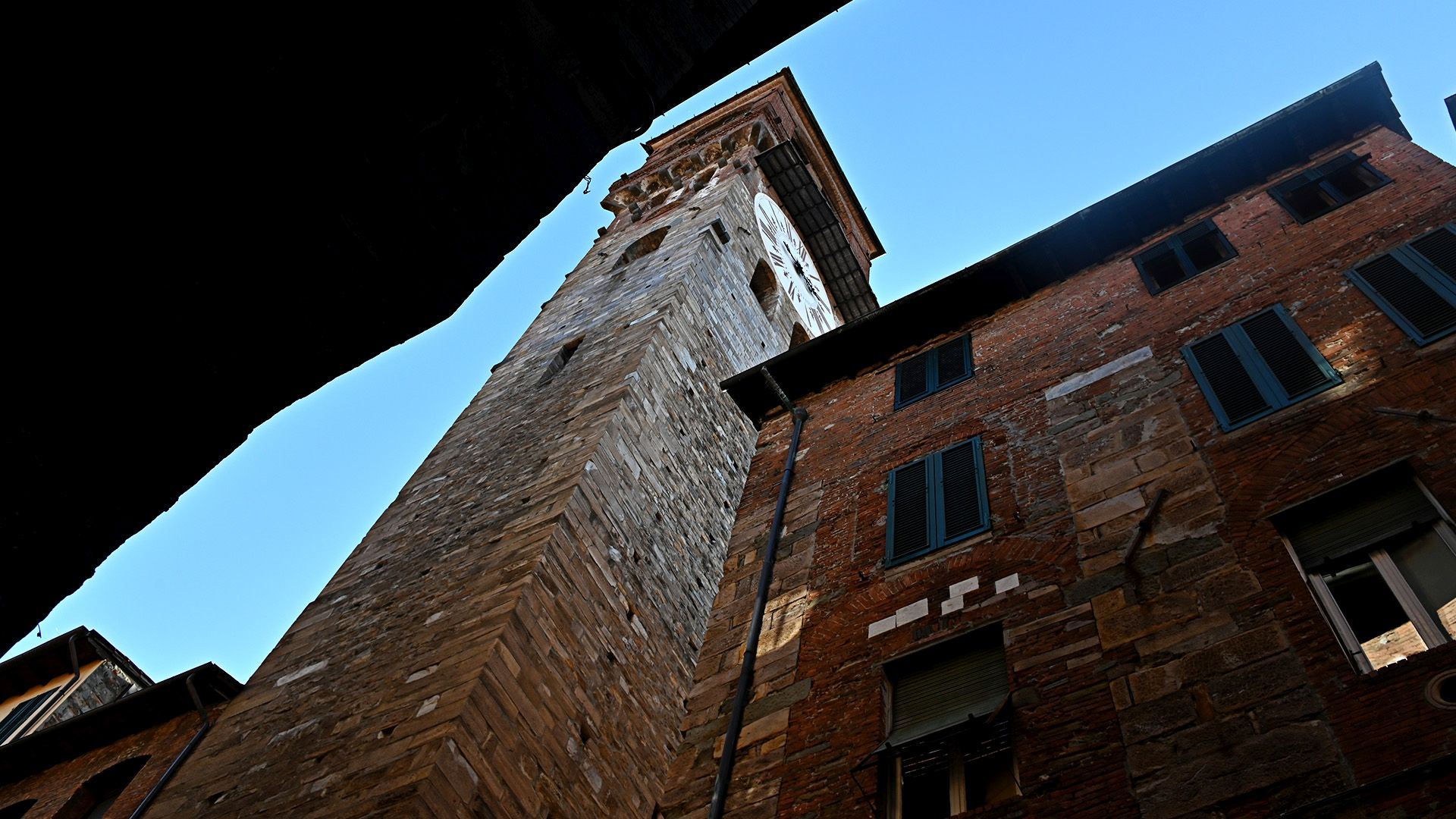 the clocktower in Lucca