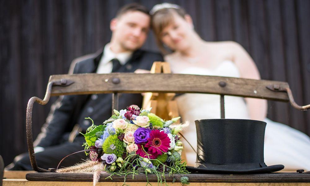 Si matrimoni da favola in luoghi romantici nella piana di lucca